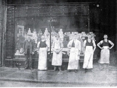 1903-Grocery-first-shop